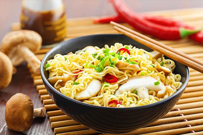 Spaghetti con funghi cinesi e peperoncino - Prof. Nicola Sorrentino